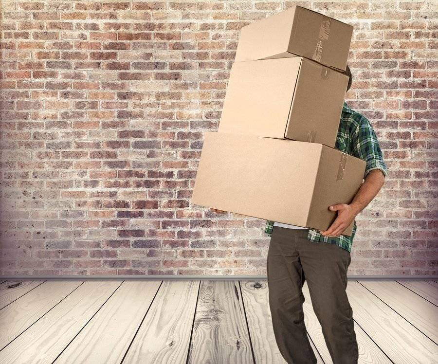 DIY Moving means you do all the hard work which makes the moving process longer and more expensive