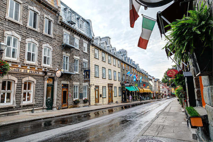 Colorful neighborhood streets in old Québec City