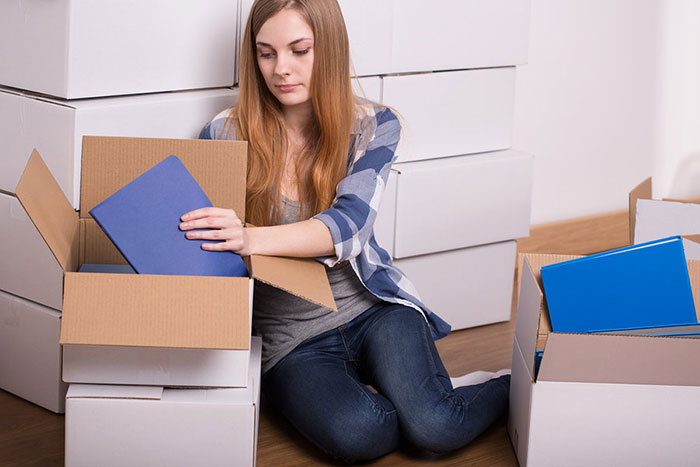 Many Laval moving companies offer low rates for student moves