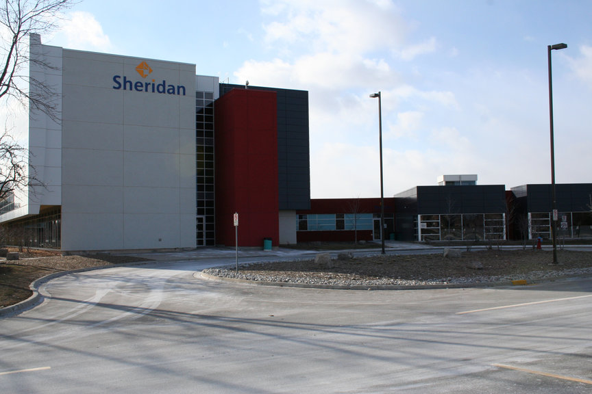 Sheridan College Trafalgar campus is Oakville's only higher education institution By Whpq - Own work, CC BY-SA 3.0