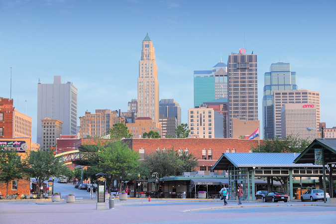 Downtown Kansas City is a thriving hub for government and commerce