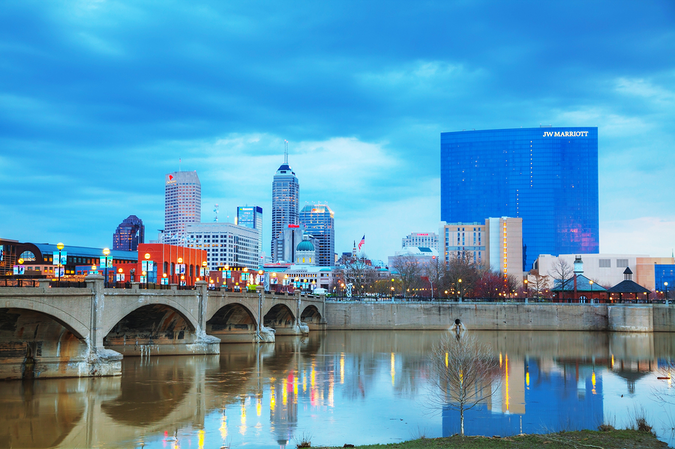 Indianapolis downtown scene – moving to Marion County