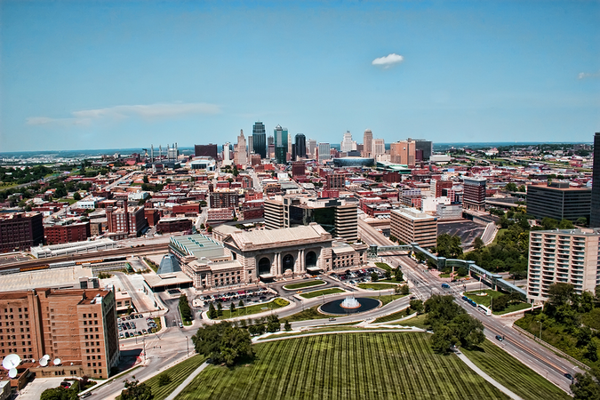 Kansas City Relocation – move with licensed moving companies offering professional moving services