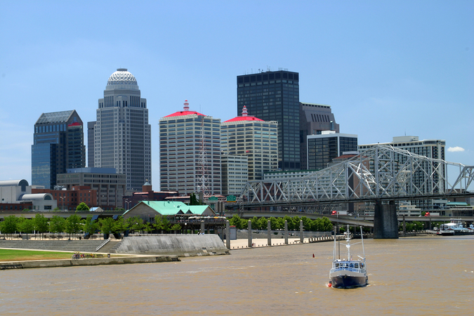 Move to Louisville, KY – refreshing downtown view from the Ohio River
