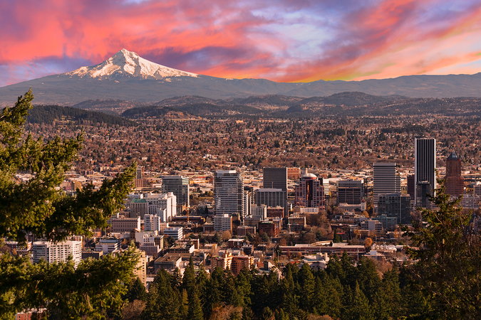 Move to Portland with budget friendly moving rates from 5 free moving quotes