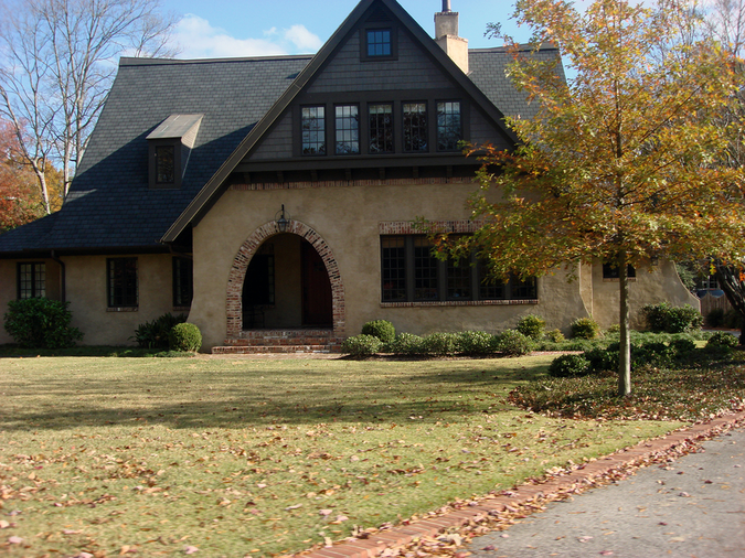 Southern gothic architecture in Birmingham – easy suburban living