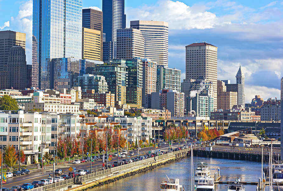 Sunny afternoon in downtown Seattle near the docks