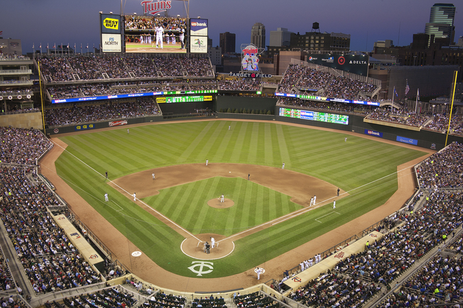 Target Field – live sports action for Minneapolis residents every season