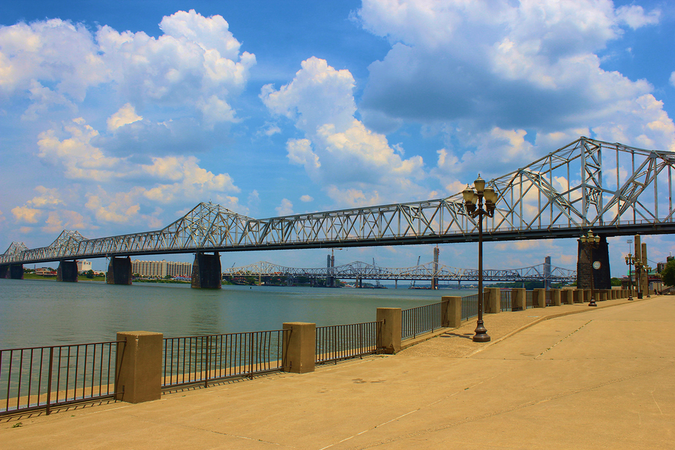 Waterfront Walkway along the Ohio River – bridges connect Kentucky and Indiana