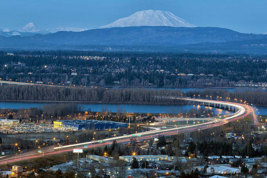 Moving to Washington – Glenn L Jackson Memorial Bridge between Washington and Oregon