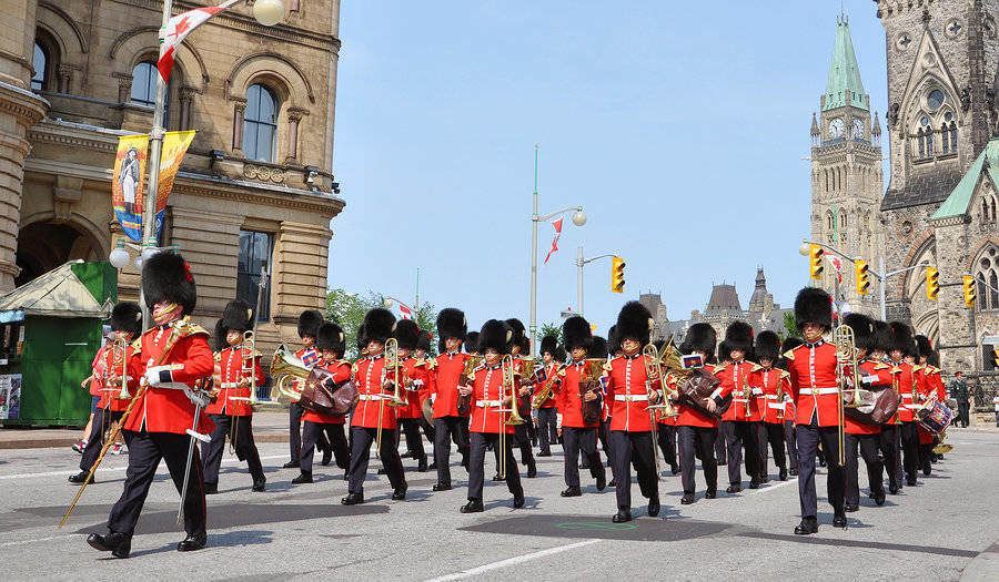 Changing Guard Ceremony at Parliament Hill – Top Ottawa Attraction