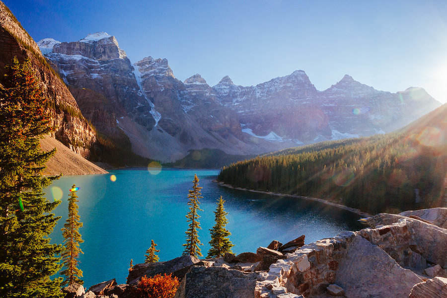 Moraine Lake, a glacially-fed lake in Banff National Park outside Lake Louise, Alberta, Canada
